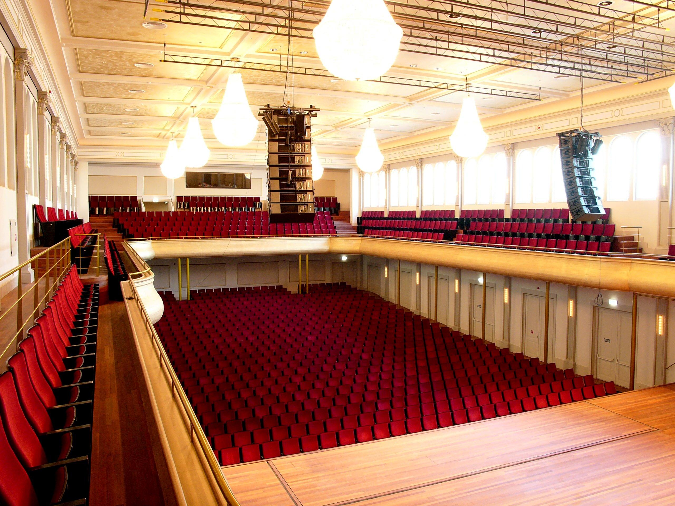 philharmonie  grote zaal  - haarlem